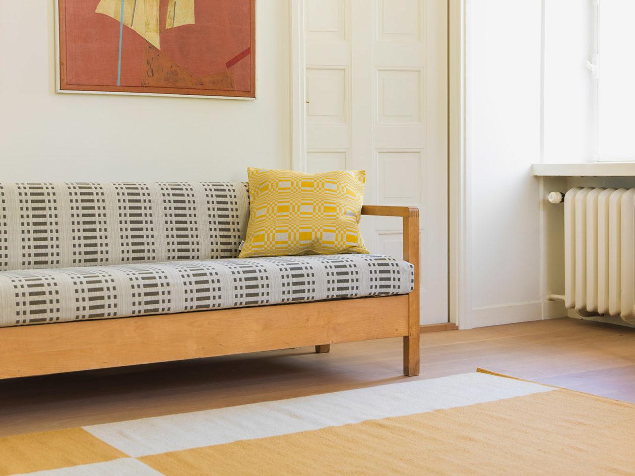 Upholstery fabric Nereus lead - reverse side.